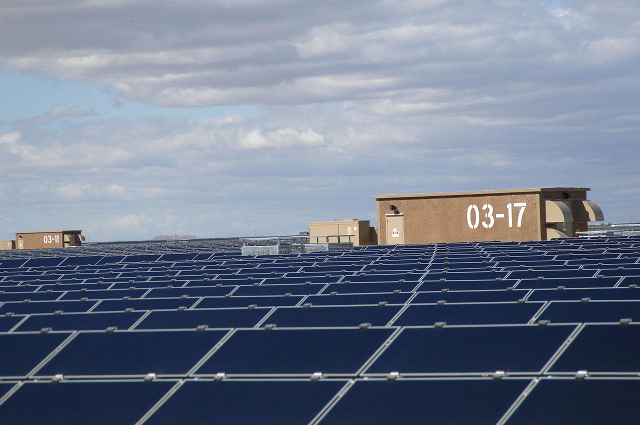 Solar_Panels_at_Topaz_Solar_5_(8159036498)