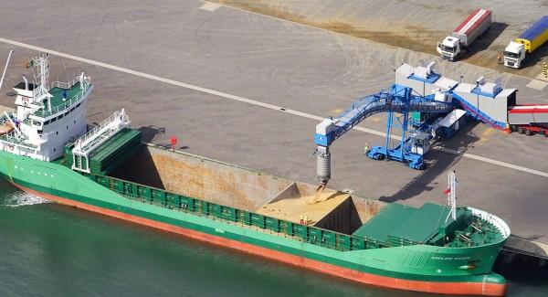 grain-loading-shiploader-gleadell