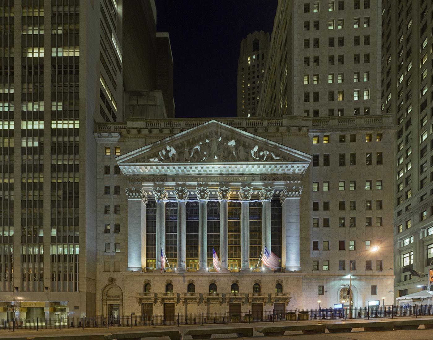 2008-03-Wall-Street-frontal-night