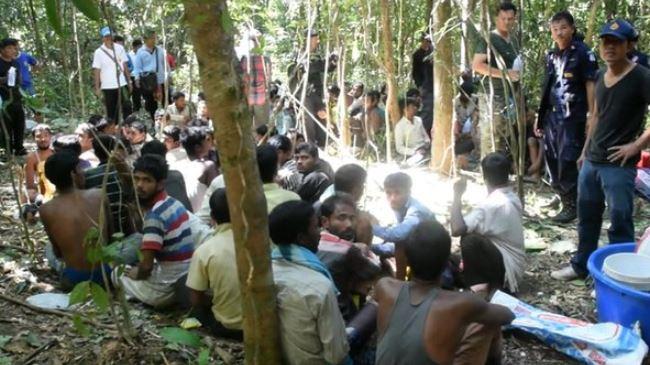 382706_Bangladeshi-slaves.feature