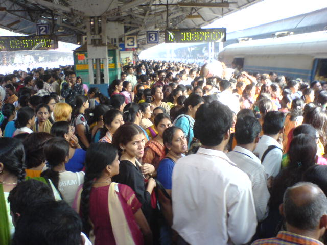 Rush_hour_at_Borivali