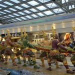 Suvarnabhumi_Airport_tug-of-war_art