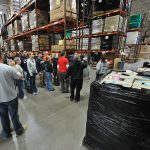 Volunteers_assist_food_bank_DVIDS1099792