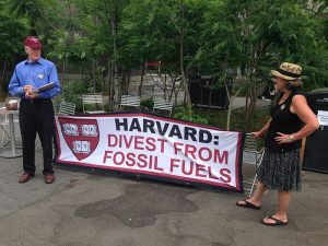 Harvard_fossil_fuel_divestment_petition