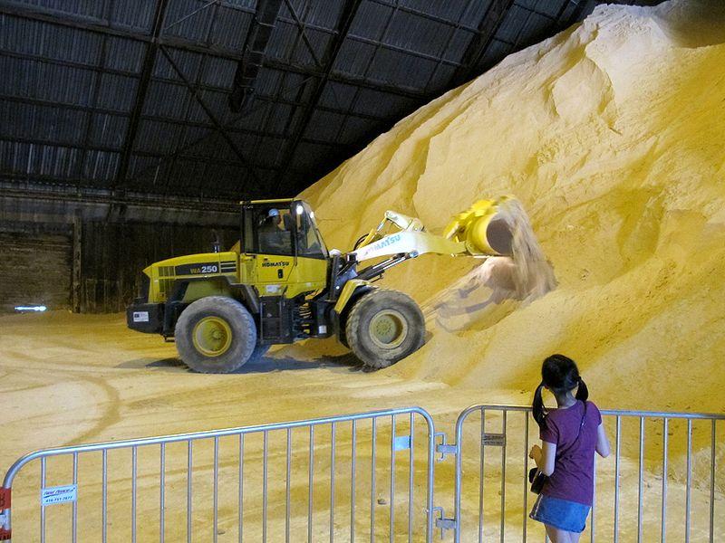 800px-redpath_sugar_plant_toronto_2010
