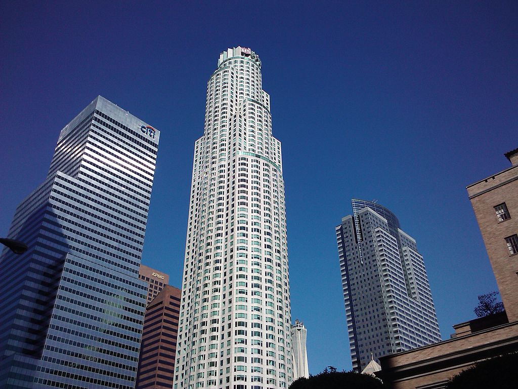 1024px-Citibank_Center,_US_Bank_Tower_and_The_Gas_Company_Tower