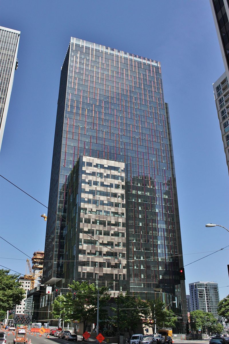 Amazon_Tower_I_topped_out,_June_2015
